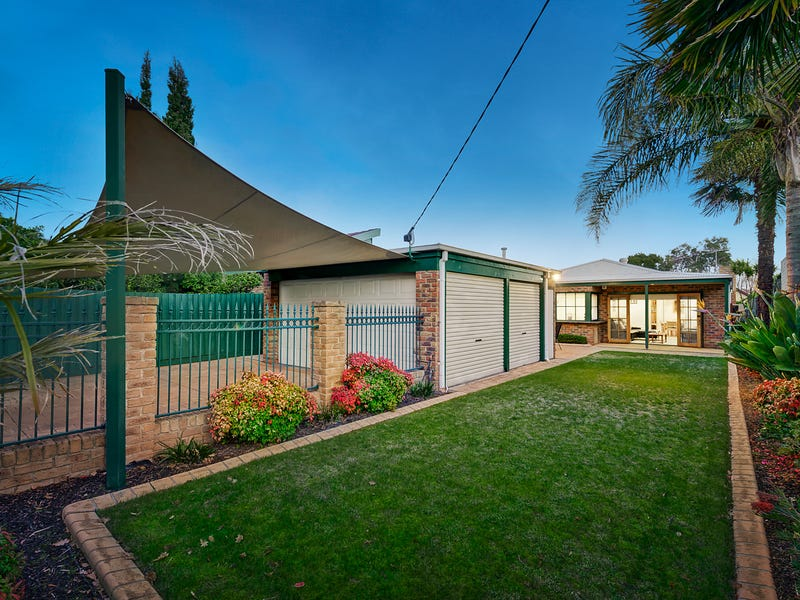 7 Oak Grove, Brighton, Vic 3186