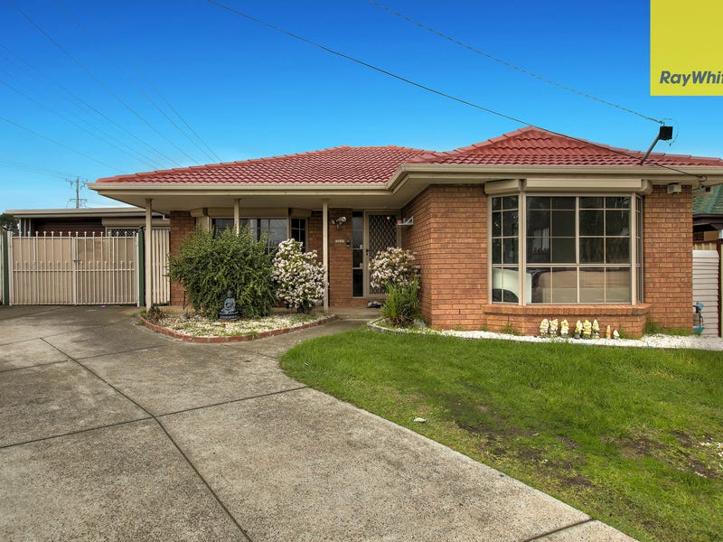 2 Kurung Drive, Kings Park, Vic 3021