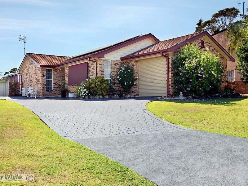 4 Roebuck Key, Forster, NSW 2428