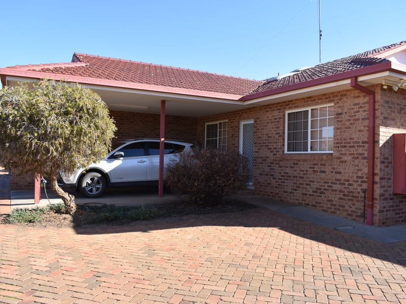 2/21  Ebelina Crescent, Parkes, NSW 2870