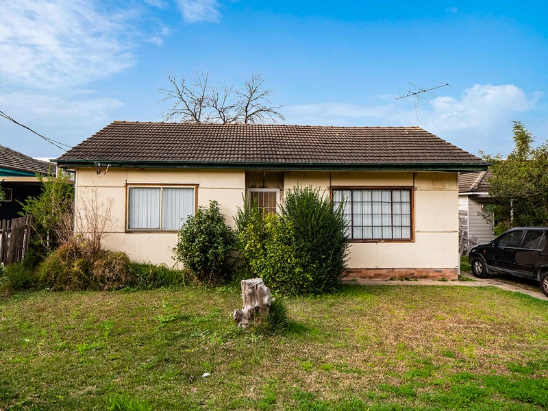 23 Smith Crescent, Liverpool, NSW 2170