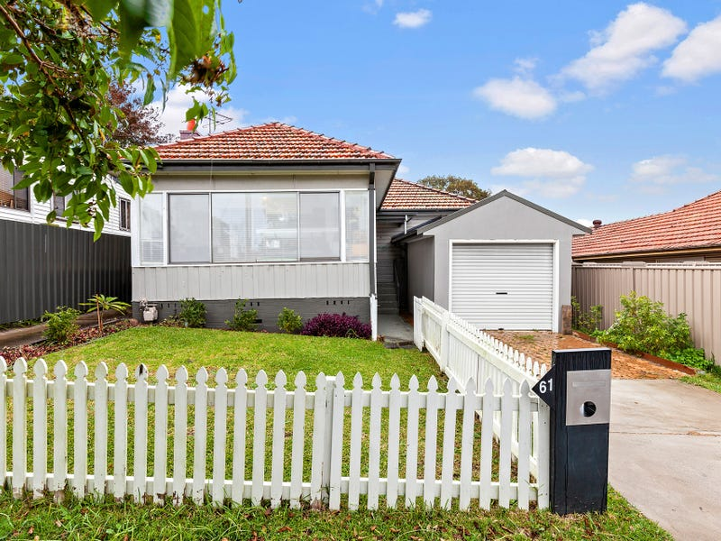 61 Moore Street, Birmingham Gardens, NSW 2287