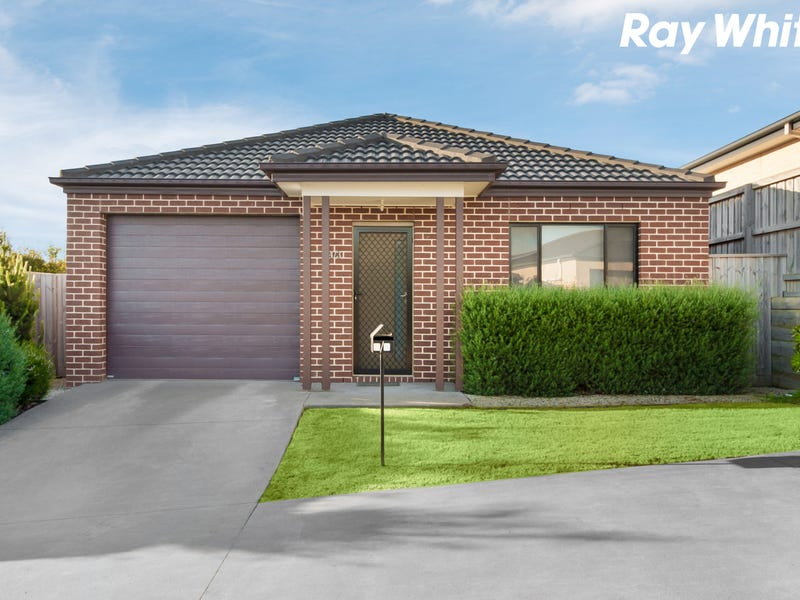 4/3 Manor View, Pakenham, Vic 3810