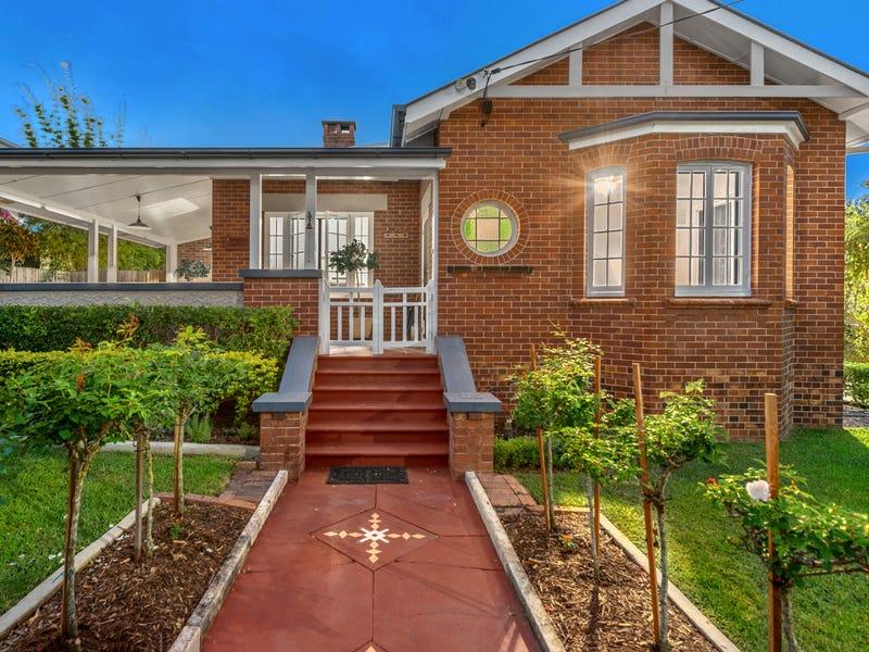 102 Park Terrace, Sherwood, Qld 4075