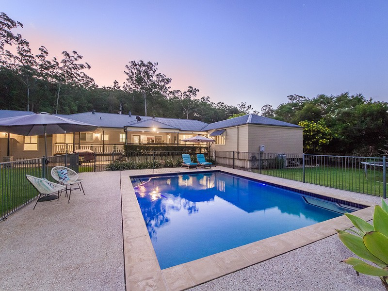 27 Kooringal Court, Tallebudgera, Qld 4228