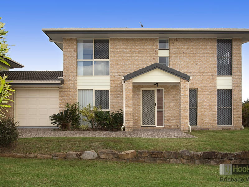 2/4 Woodswallow Place, Bellbowrie, Qld 4070
