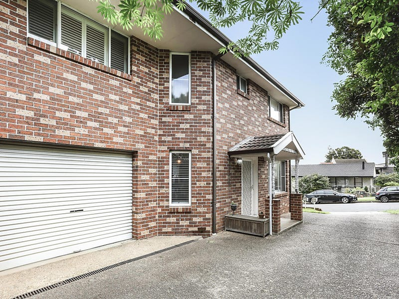 1/1a Forshaw Avenue, Peakhurst, NSW 2210