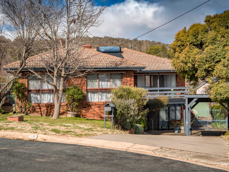 18 Carwoola Place, Queanbeyan East, NSW 2620