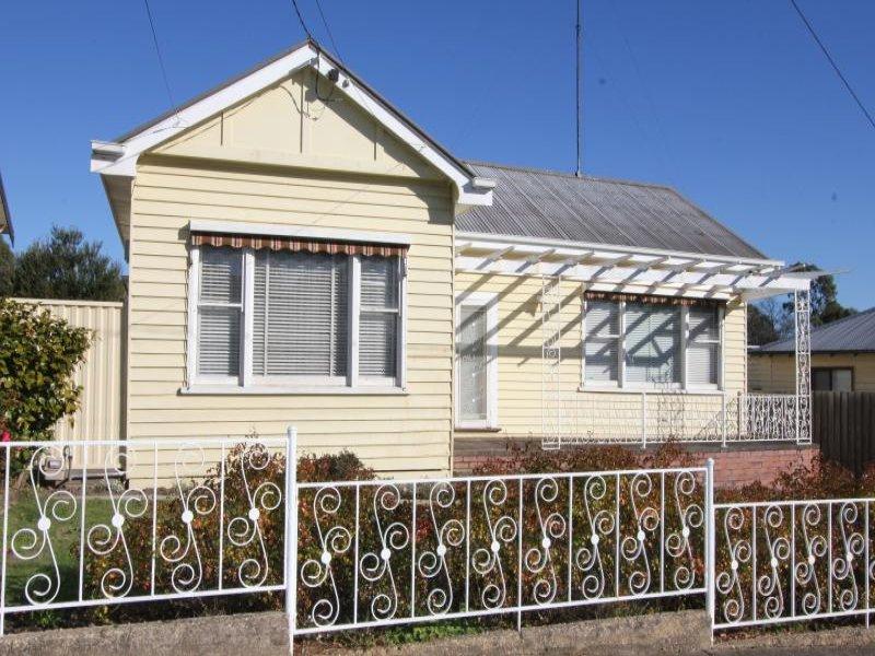 18 Chamberlain Street, Eureka, Vic 3350