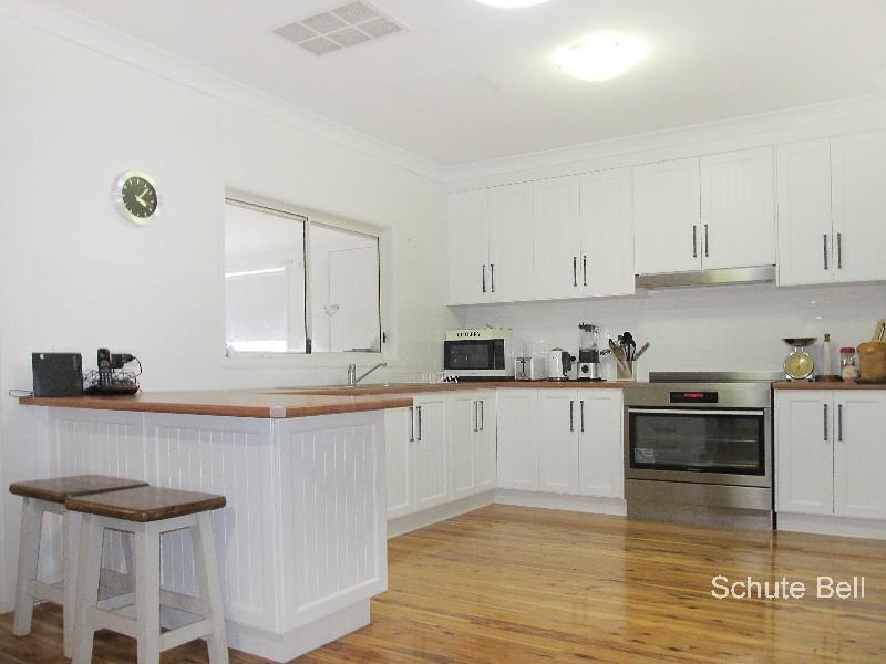 10 Castlereagh St, Bourke, NSW 2840