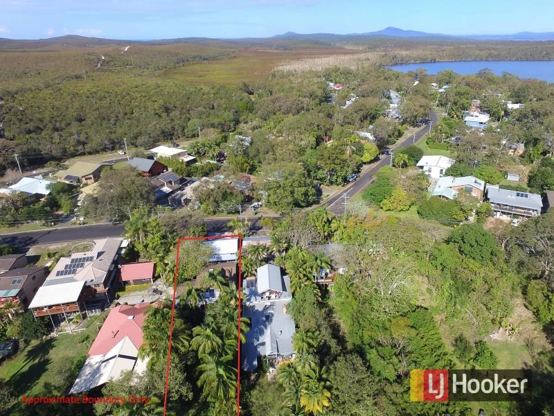 103 Lakes Boulevard, Wooloweyah, NSW 2464