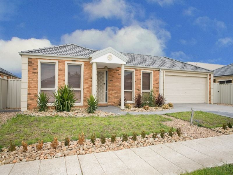 17 Pine Valley Rise, Craigieburn, Vic 3064