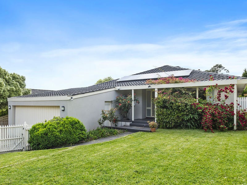 8 Adam Avenue, Wheelers Hill, Vic 3150