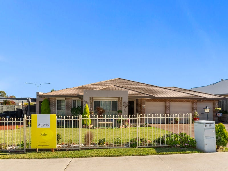 38 O'Donnell Street, Gregory Hills, NSW 2557