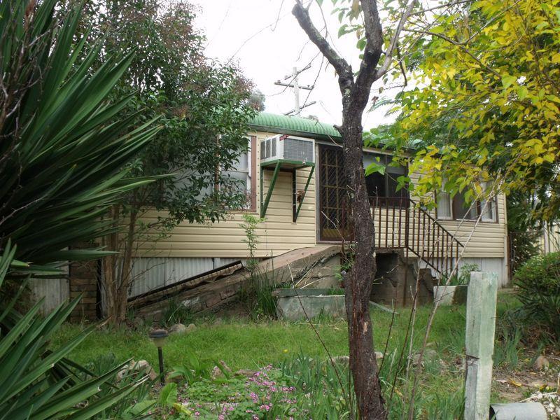2-4 Britannia Street, Reids Flat, NSW 2586