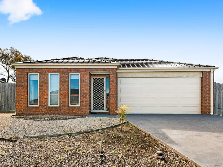 28 Fernisky Drive, Cranbourne East, Vic 3977