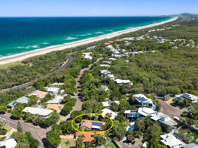 73 Wavecrest Drive, Castaways Beach, Qld 4567