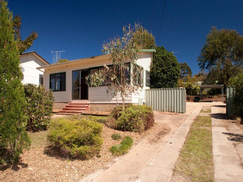 10 Cassidy Street, Queanbeyan West, NSW 2620