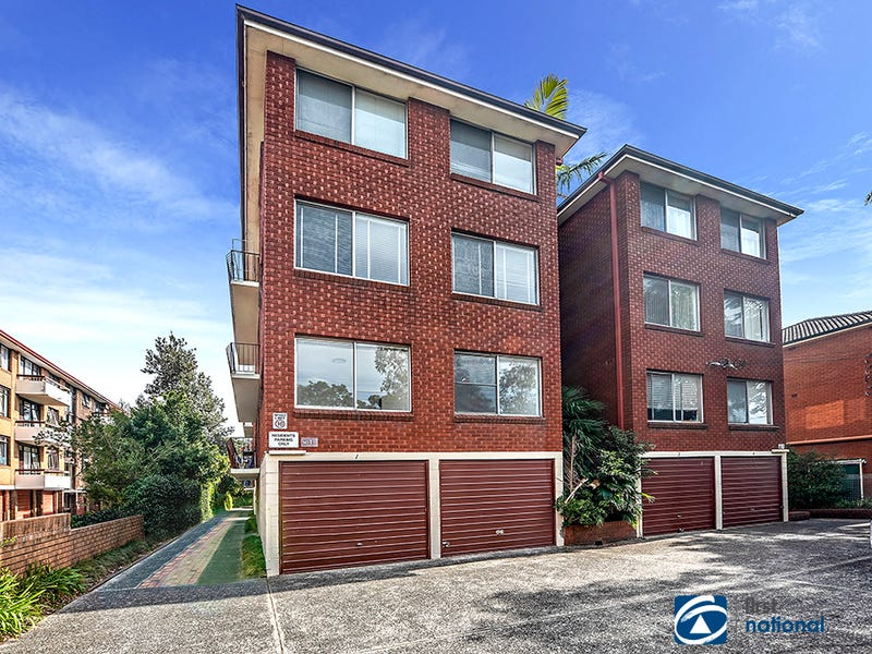 1/10 Bank Street, Meadowbank, NSW 2114
