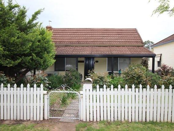 34 Warren Street, Cootamundra, NSW 2590