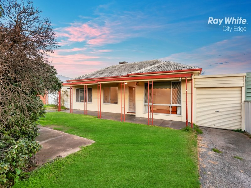 11 Windsor Avenue, Clearview, SA 5085
