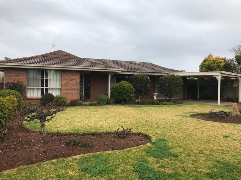 23 Adelaide Crescent, Echuca, Vic 3564