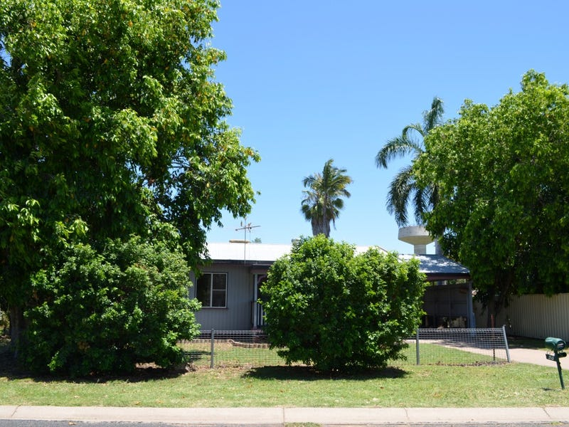 28 Old Airport Drive, Emerald, Qld 4720