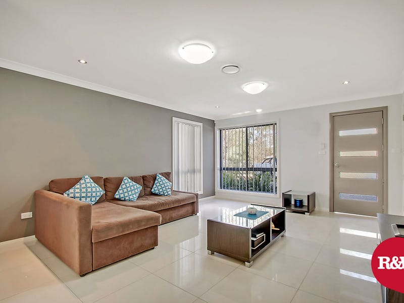 16/30 Australis Drive, Ropes Crossing, NSW 2760