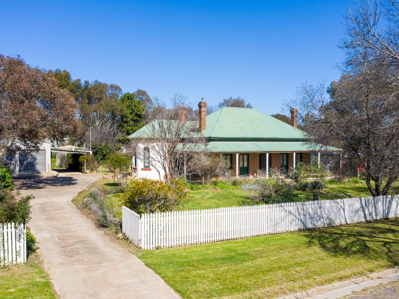 48 Queen Street, Boorowa, NSW 2586