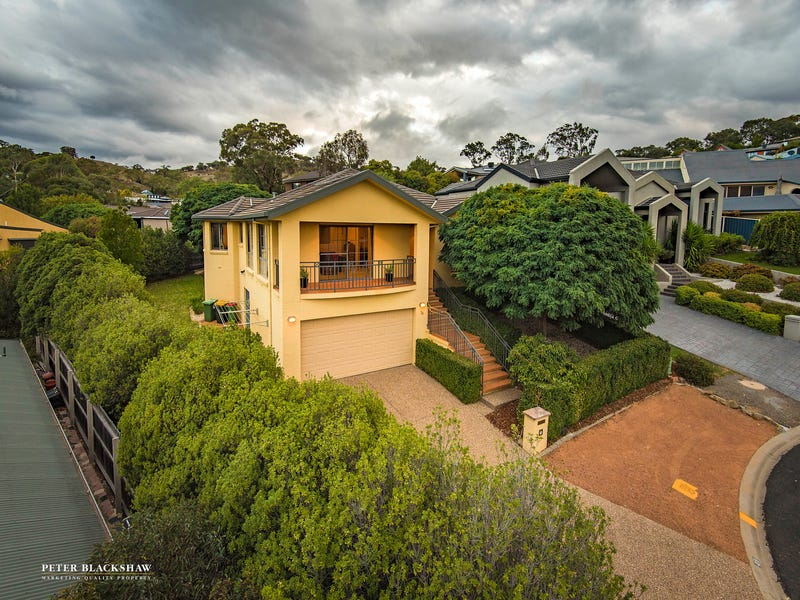 25 Magnolia Close, Jerrabomberra, NSW 2619