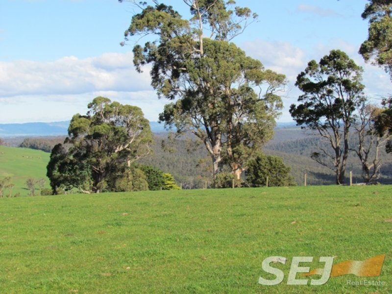 Rees Road, Hill End, Vic 3825