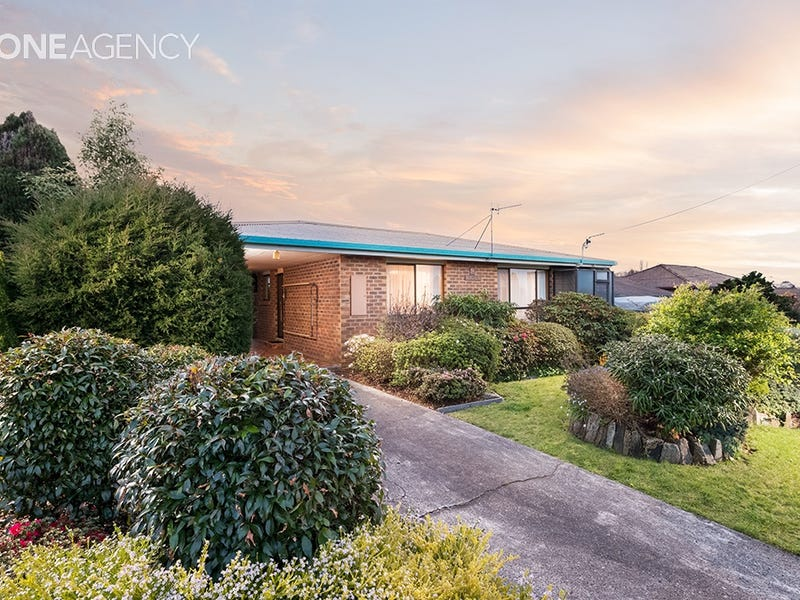 2/8 Turnbull Avenue, Upper Burnie, Tas 7320