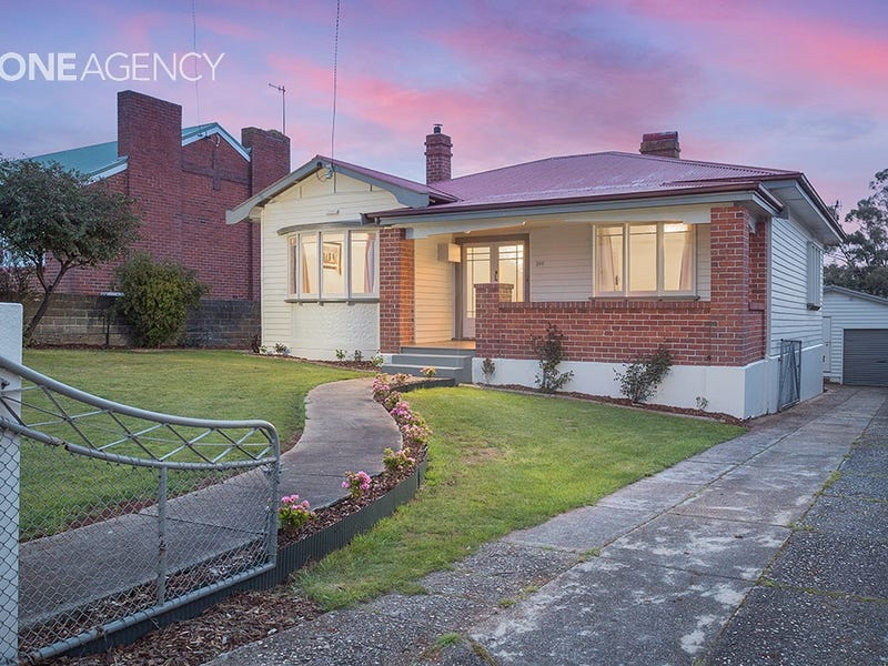 206 Mount Street, Upper Burnie, Tas 7320