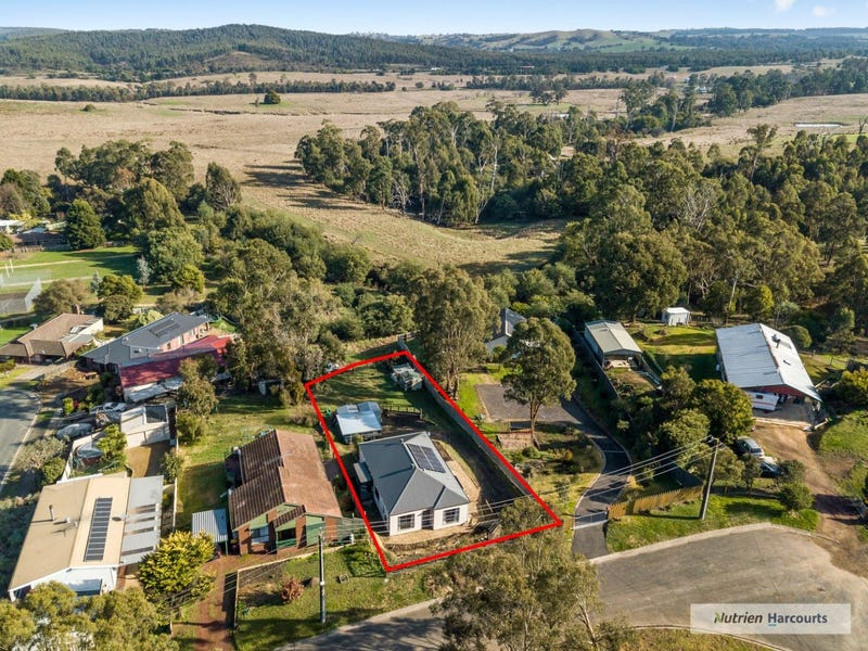 6 John Court, Waterford Park, Vic 3658
