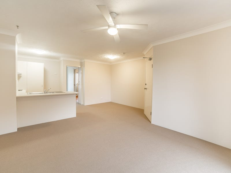 34/217-219 Scarborough Street, Southport, Qld 4215
