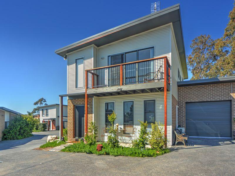 Unit 3/in 25 Royal Street, Worrigee, NSW 2540