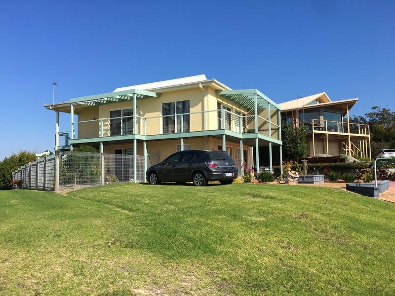 11 Stingray Point, Mallacoota, Vic 3892