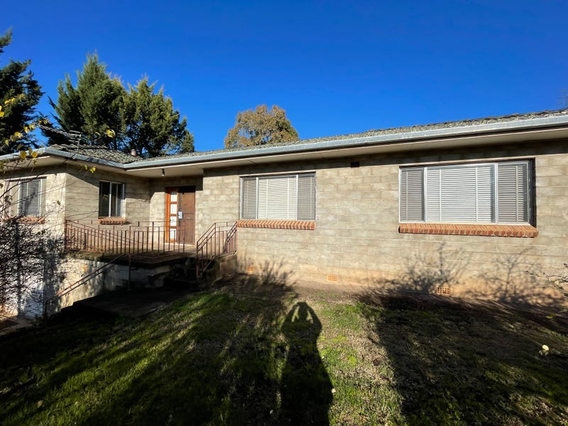 113 Russell, Tumut, NSW 2720