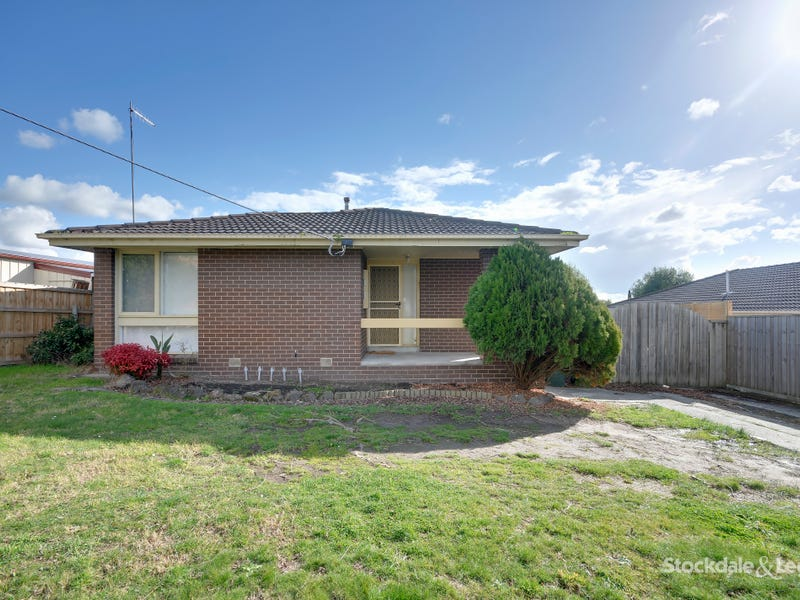 1 Maple Crescent, Churchill, Vic 3842
