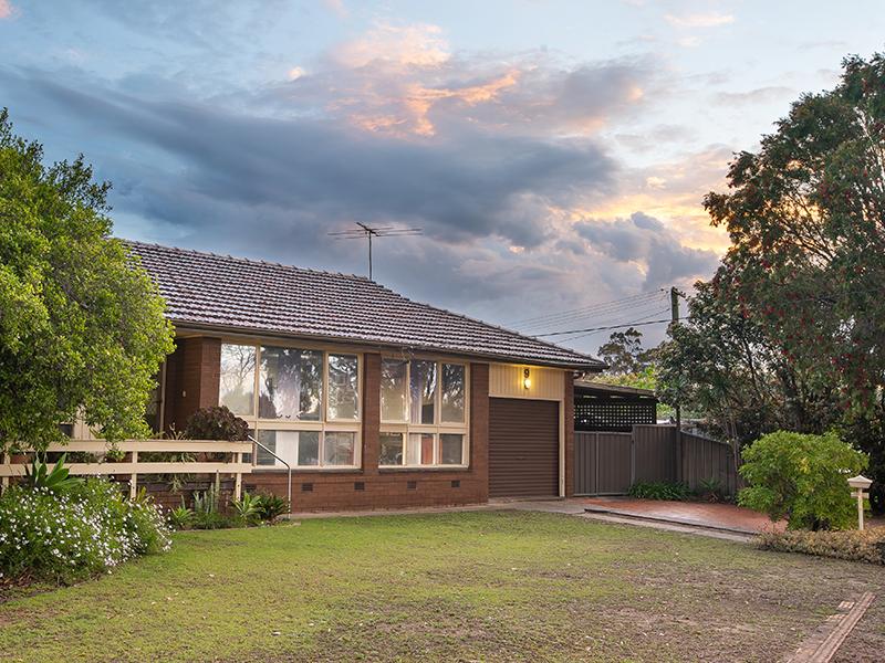 9  Dredge Avenue, Moorebank, NSW 2170