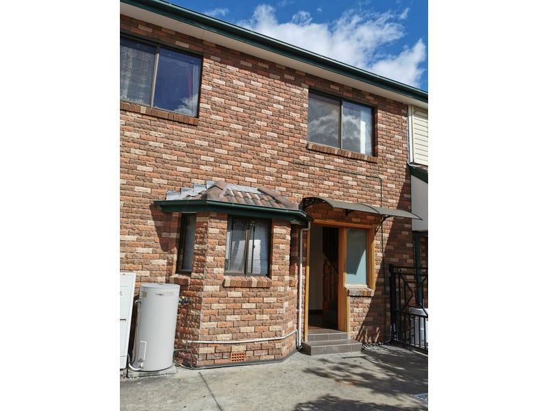 1B Sackville Street, Fairfield Heights, NSW 2165