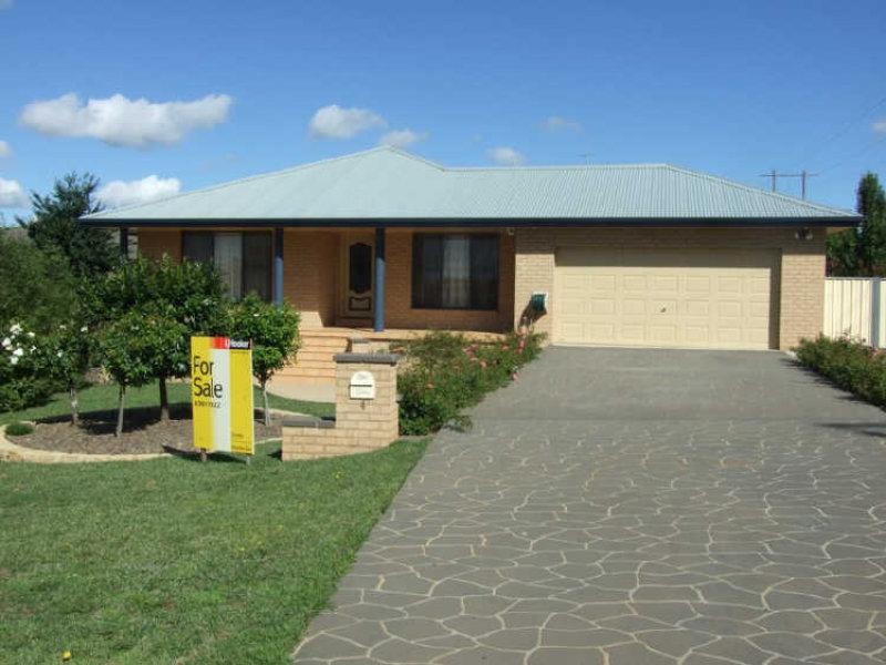 4 Warrigal Place, Orange, NSW 2800