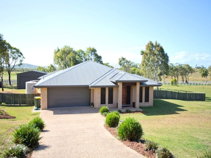 14 Hitching Rail Drive, Tanby, Qld 4703