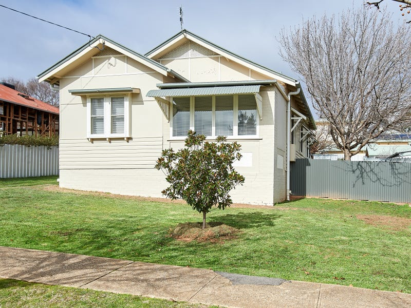 18 Hill Street, Turvey Park, NSW 2650