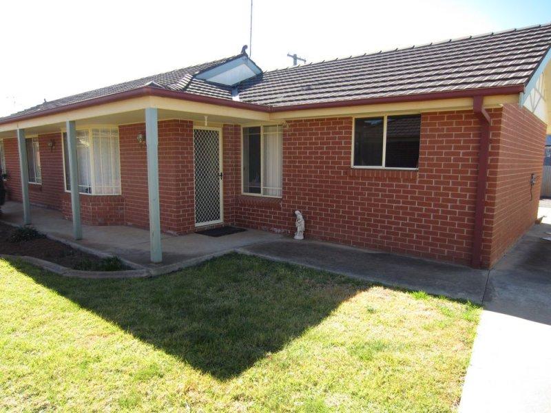 4/163 DeBoos Street, Temora, NSW 2666