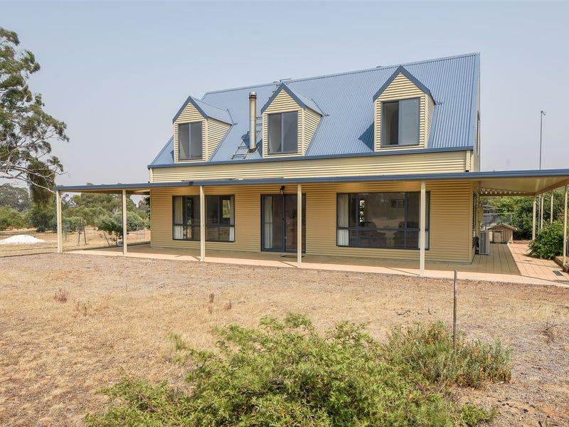 1631 Winfields Road, Laharum, Vic 3401