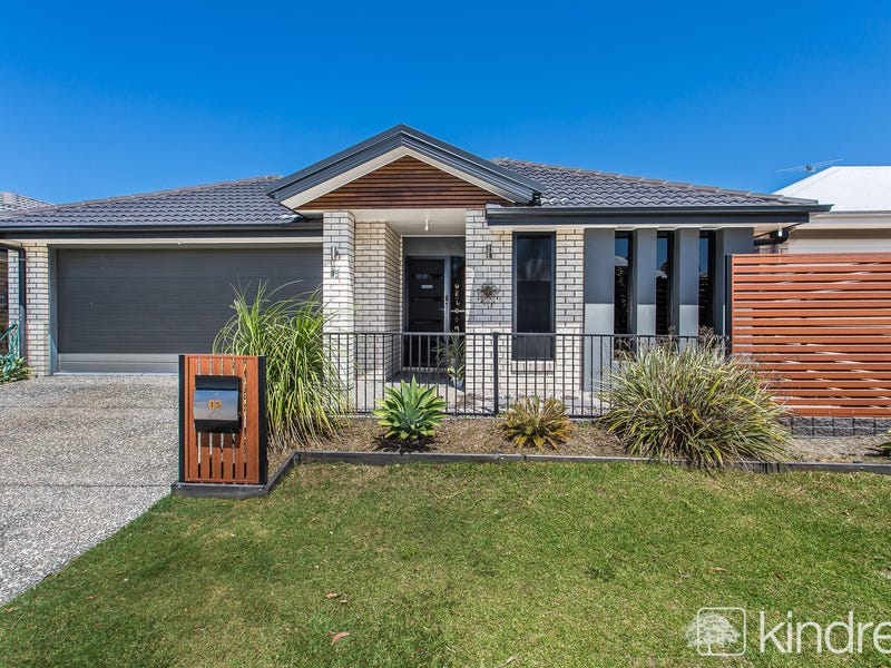 15 Moonie Crescent, North Lakes