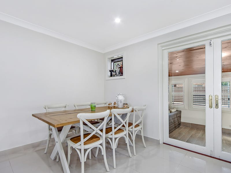 42 Magree Crescent, Chipping Norton, NSW 2170