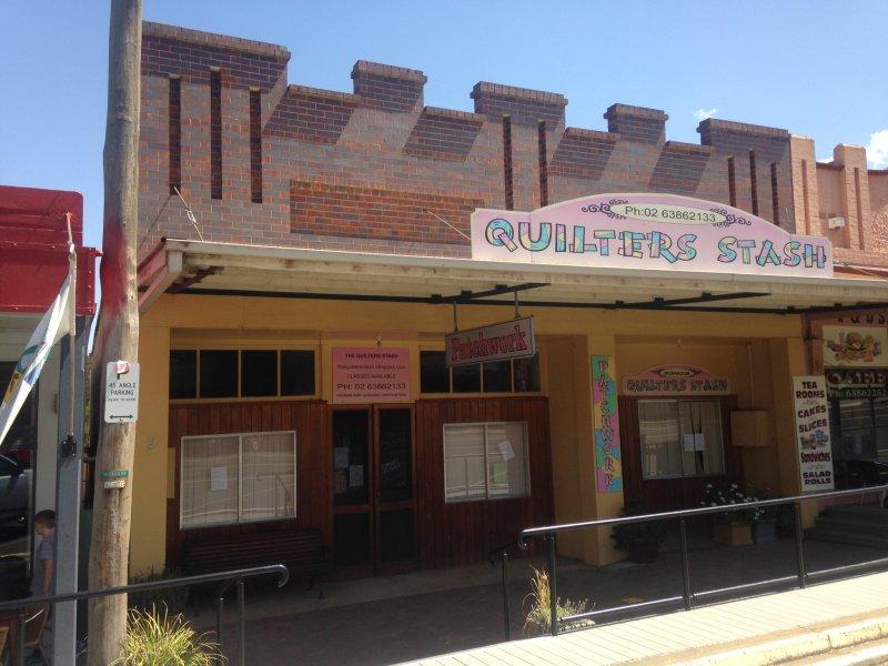 330-332 Albury Street, Murrumburrah, NSW 2587