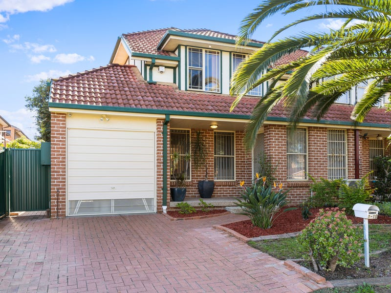 1/10-11 Crosio Place, Bonnyrigg, NSW 2177